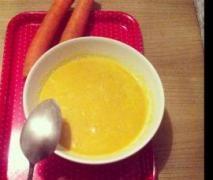 Karotten-Ingwer-Kokosmilch Suppe