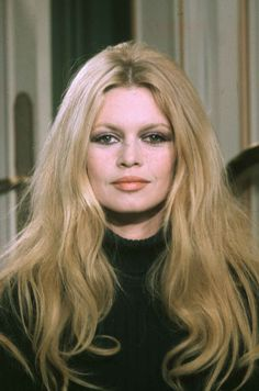 Brigitte Bardot attacked the movement Wednesday, claiming that actresses who complain of sexual harassment are just looking for publicity. Bridgitte Bardot, Catherine Deneuve, Jane Fonda, Marie Christine Barrault, Isabelle Adjani, Actrices Hollywood, Most Beautiful Faces, French Actress, Schneider