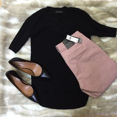 "NWT Banana Republic Crop Pants. NWT Banana Republic Crop Length Pants. Gorgeous Dusty Rose Color. Sloan Fit (skinny). So easy to wear with different tops for the office. 27"" inseam. Banana Republic Pants Ankle & Cropped"