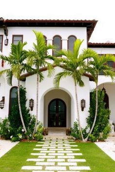 modern spanish house modern homes modern homes exterior modern and beautiful small houses modern house designs modern modern spanish revival house plans Spanish Revival, Spanish Style Homes, Spanish House, Spanish Colonial, Spanish Modern, Spanish Style Interiors, Exterior Design, Interior And Exterior, Exterior Homes