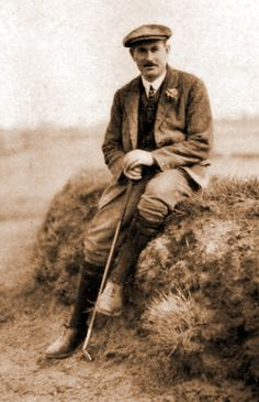 THE GREAT HALL OF FAMER HARRY VARDON CIRCA 1914 - SEE HIS MEDAL TO THE RIGHT THAT WILL BE SOLD SEPTEMBER 2014 VIA RRAUCTION.COM