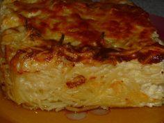 Budinca de paste gratinata Pizza Lasagna, Romanian Food, Romanian Recipes, Sweet Memories, Mac And Cheese, Deli, Pasta Recipes, Mashed Potatoes, Vegetarian
