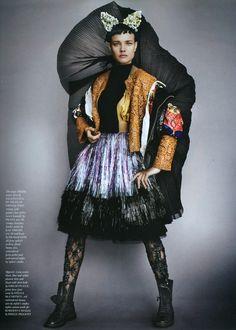 Natalia Vodianova, Love Magazine  More pics : http://formally-informal.com/2012/02/20/cover-girls-1-natalia-vodianova-doutzen-kroes-edie-campbell-love-magazine-numero/