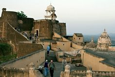 Kuchaman Fort and Hotel India.     Kuchaman Fort, atop a steep hill along what was once an integral Central Asian trade route, was built by the Gujjar Pratihara dynasty as far back as 760 AD. Located in the Nagaur district of Rajasthan is a symbol of Rajasthan's glorious history. Once the seat of great battles, the Kuchaman Fort was known for being an impregnable fort. The five gates of the fort are arranged in a way that is impossible to enter without being attacked from every direction.