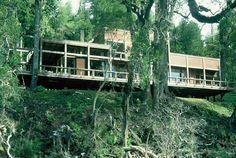 Casa Lago Pirihueico / Elton+Leniz Arquitectos