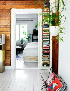 Bookshelf Very light, natural feel but modern too. Knotty Pine Decor, Knotty Pine Walls, Painted Wooden Floors, Scandinavian Interior Design, Decoration, Interior Inspiration, Home Furniture, Small Spaces, Sweet Home