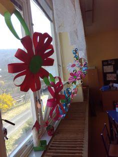 Paper flower chain