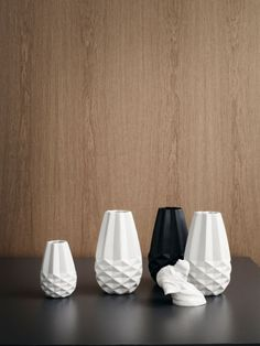 [] Facet vases by Bolia Scandinavian Interior Design, Nordic Design, Scandinavian Style, Porcelain Ceramics, Ceramic Art, Origami Shapes, Home Decor Vases, 3d Prints, Flower Vases