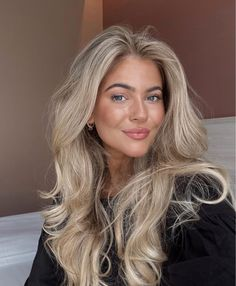 Medium Hair Styles, Long Hair Styles, Blonde Hair Looks, Dere, Pretty Good, Cute Hairstyles, Aesthetic Pictures, Hair And Nails, Makeup