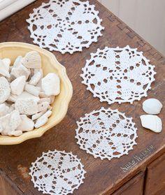 Hearts Desire Motif Doily - Free Crochet Pattern - (redheart)