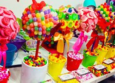 SWEET! Custom party favors, decor  centerpieces! Candy Kebabs, Cake P | Hollywood Candy Girls