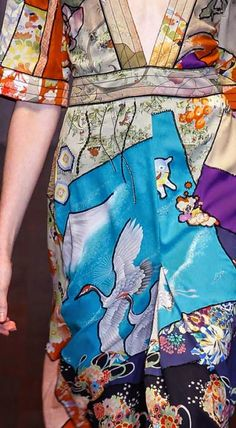 patternprints journal: PRINTS, PATTERNS AND SURFACE EFFECTS: BEAUTIFUL DETAILS FROM MILAN FASHION WEEK (WOMAN COLLECTIONS SPRING/SUMMER 2015) / Gucci