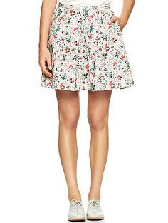 Pleated floral skirt | $39.01 at Gap. This skirt looks horrible in  these pictures, but The Northeast Girl styled it so cute I might have to try it :)