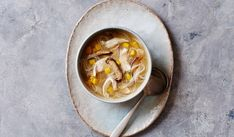 For a restorative and hearty bowl of soup packed with complex flavour, this chicken and mushroom noodle broth tastes good whilst doing you good. Rice Vermicelli, Chicken Noodle Soup, Bowl Of Soup, Boneless Chicken Breast, Easy Soup Recipes, Soups And Stews, Noodles, Stuffed Mushrooms, Easy Meals