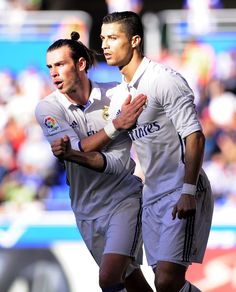 After both Gareth Bale and Cristiano Ronaldo recently signed new contracts at Real Madrid with extremely handsome salaries, we look at the top ten highest-paid players in world football. There are four Premier League players and the same number from La Li Real Madrid Champions League, Real Madrid Team, Real Madrid Highlights, Soccer Highlights, Best Football Team, World Football, Ronaldo Bale, Bale 11, Portugal National Team