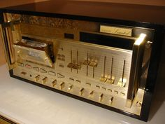 Nakamichi 1000ZXL gold The highest peak cassette deck of the limited build-to-order model