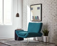 Chic, mid-century modern furniture is now just a click away!