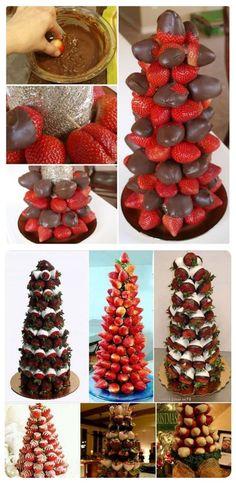 Arboles de fresa cubiertos de chocolate para la fiestas navideñas.