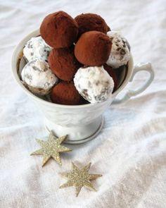 Elins gule bomber - Krem.no Norwegian Christmas, Christmas And New Year, Christmas Ideas, Panna Cotta, Sweets, Sugar, Cheese, Baking, Cake