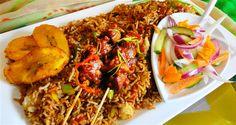 Surinaams eten – Nasi Trafasie met Saté, Zuurgoed en Gebakken Banaan