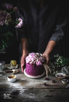 trendy Ideas for cheese cake photography food styling wedding cakes Dark Food Photography, Cake Photography, Wedding Photography, Healthy Cake, Vegan Cake, Food Gallery, Gateaux Cake, Best Cheese, Food Design