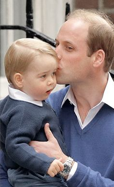 Love that Prince William is not afraid to show affection to his son in public.