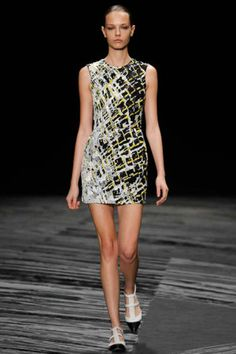 J. Mendel Spring 2015 RTW – Runway for more fashion and beauty advise check out The London Lifestylist http://www.thelondonlifestylist.com