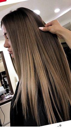 Long hair is gorgeous - StepUpLadies net Long hair is gorgeous - , Pretty Blonde Hair, Dark Blonde Hair Color, Hair Color Shades, Brown Blonde Hair, Light Brown Hair, Light Hair, Brown Hair Colors, From Brunette To Blonde, Brown Hair Inspo