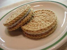 Crocheted Oreo-style Golden Vanilla COOKIES on RW plate by EraPhernalia Vintage . . . (playin' hook-y ;o), via Flickr