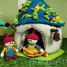 Haakpatroon huisje met twee poppetjes