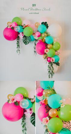 Tropical arco de bodas que puedes hacer tú misma / Crea un hermoso parasol floral para tu paje / http://greenweddingshoes.com/