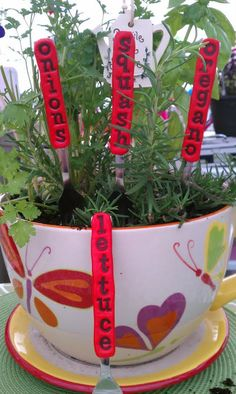 Pick 10Vegetable and Herb Garden Stakes/Plant Markers by amyleanme