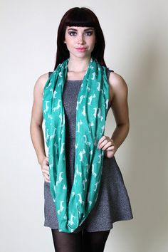 Anika Dali Women's Dachshund Doxie Dog Infinity Circle Loop Scarf. Trendy Fashion Scarves. Unique Holiday Gift Ideas for Women. Cute Pretty Scarves. Fashionable Snood.
