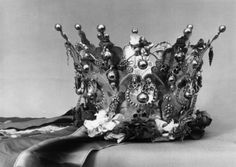 DigitaltMuseum - Brudekrone, brudekroner og lignende Bridal Crown, All Art, Norway, Crowns, Pictures, Costumes, Jewelry, Fashion, Photos