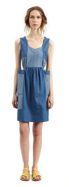 The Annie is a feminine, casual dress perfect for Spring! It features a draw-string tie to add shape, contrasting panels of denim chambray, and fun oversized pockets. Wear with some sandals and you have a super easy, cute outfit!  Made from: 100% cotton chambray  #NicheFashion