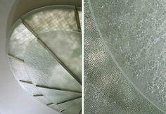 装飾ガラス事例/オーガニックテクスチャー「アグリゲイツ」カラーはクリスタルクリアー
