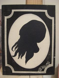 Cthulhu silhouette. BUT IT'S AN OOD!
