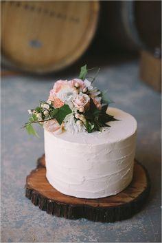 Rustic Wedding Cake (96)