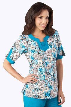 I enjoy these nurse scrubs. Do you appreciate it ? Cute Nursing Scrubs, Cute Scrubs, Becoming A Nurse Practitioner, Landau Scrubs, Licensed Practical Nurse, Koi Scrubs, Nurse Anesthetist, Scrubs Uniform, Cherokee Scrubs