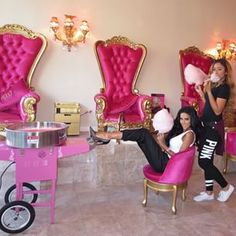 Cotton candy machine on special events Pamper Party, Spa Party, Salon Chairs For Sale, Kids Salon, Mini Spa, Nail Salon Decor, Nail Room, Boutique Decor, Spa Rooms