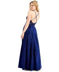 Pretty gown with a voluminous skirt and pockets. Fabric is beautiful in-person. The post City Studios Juniors Glitter Knit Girls Formal Prom Gown first appeared on Koopo Online.
