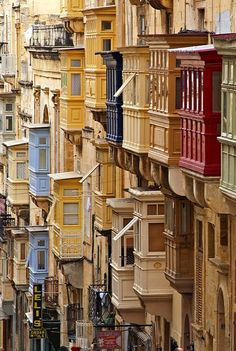 Valletta, Malta. Words cannot describe this place. No single picture can sum it up. It's astounding.