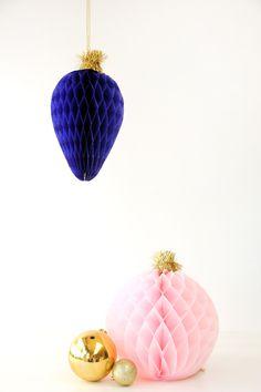 diy giant honeycomb christmas bulbs ornaments