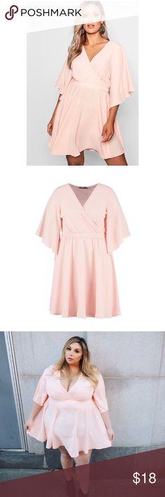 63e42c594ad8 Boohoo Plus Kimono Sleeve Skater Dress Beautiful kimono sleeve skater dress  by Boohoo Plus. Pale · Uk Size 16Plus ...