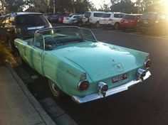 Ford T-Bird - A Work In Progress And A Work Of Art - Australian National Old Car Spotters Club