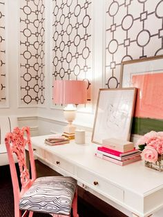 Love this office- that lamp with the coral shade is perfection. I also love the pops of gold.