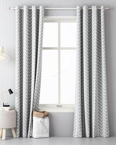 skandinavske-zavesy-sivej-farby