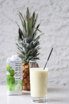 """Want to make the most of the """"dreaded Monday""""??? Start with a delicious, nutrient dense smoothie ..."""