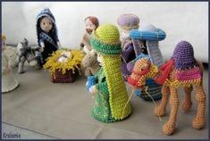 2013_03_06_Crocheted Christmas Creche Figures 9B.jpg