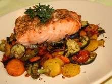 ActiFry grilovaný losos so zeleninou Actifry, Pot Roast, Zucchini, Pork, Meat, Chicken, Ethnic Recipes, Zz Top, Windows Xp